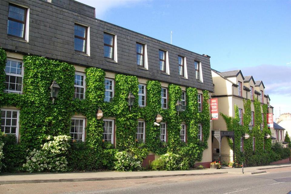 Kees Hotel Ballybofey Exterior