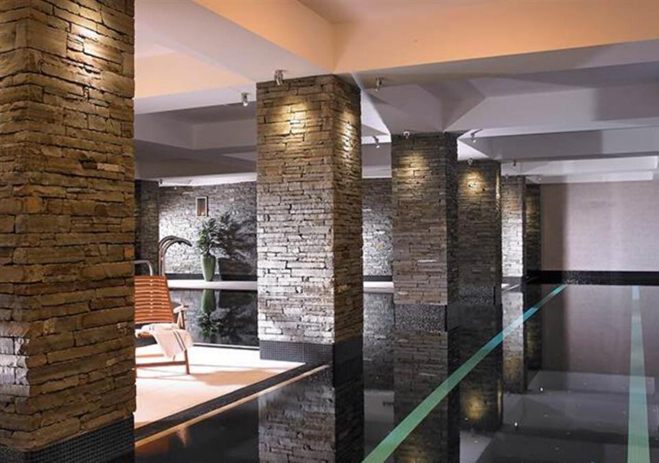 Garryvoe Hotel Swimming Pool