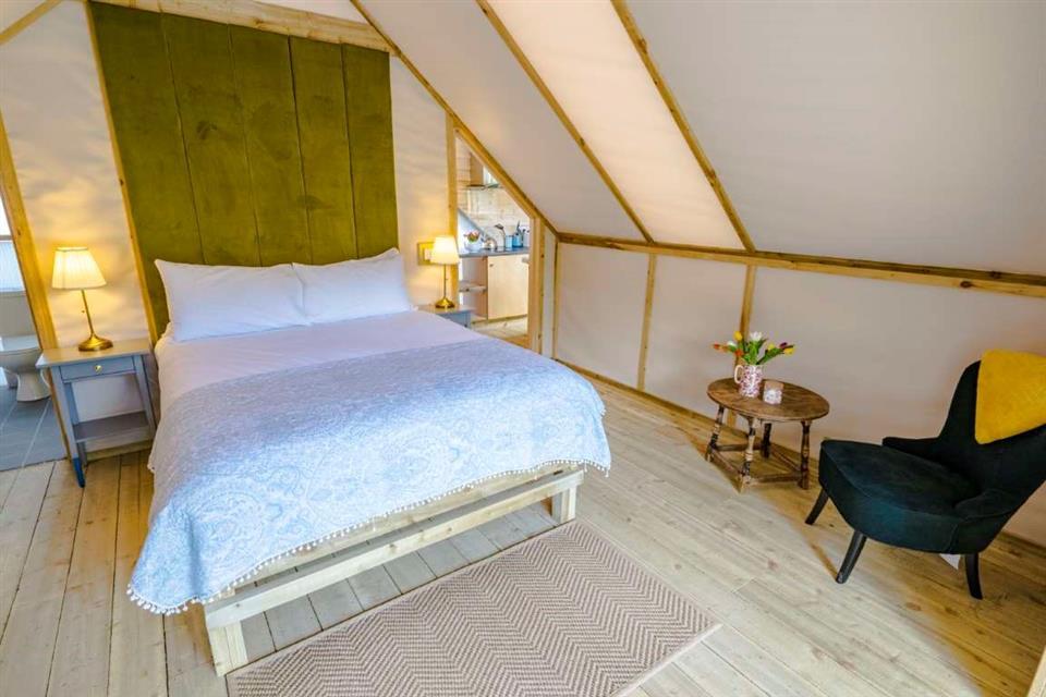 Luxury Lodge at Killarney Glamping