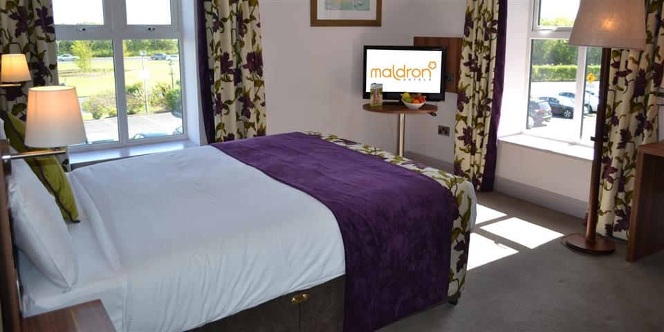 Maldron Hotel Galway Bedroom