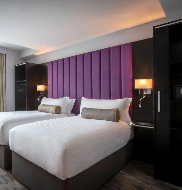 Trinity City Hotel Twin Bedroom
