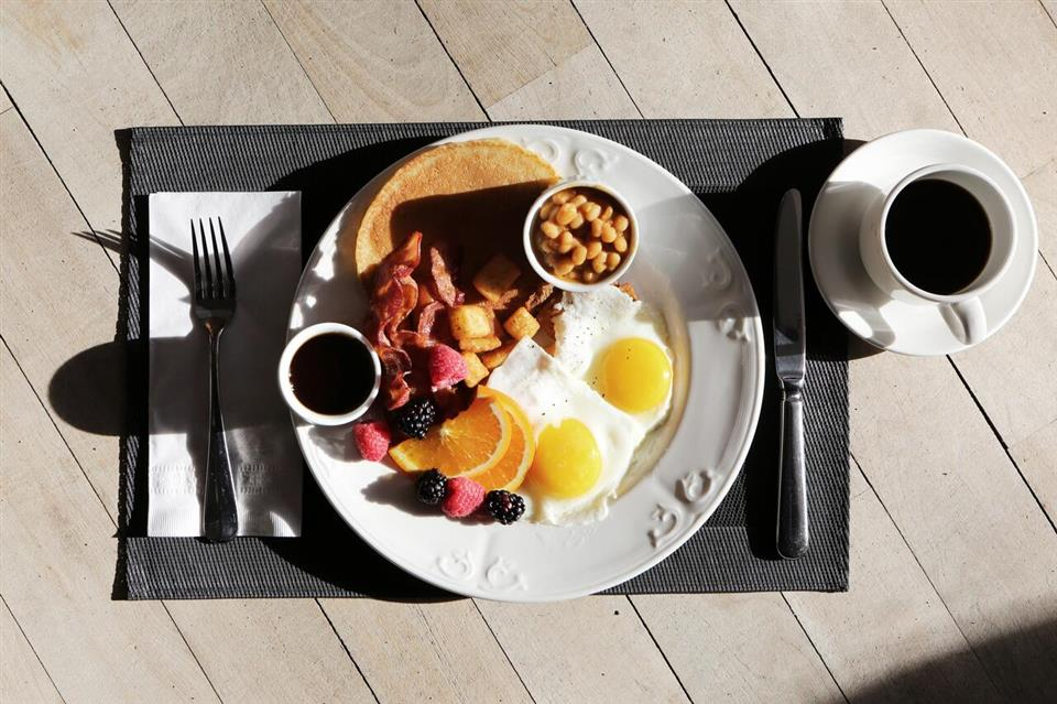 Camden Court Hotel Breakfast