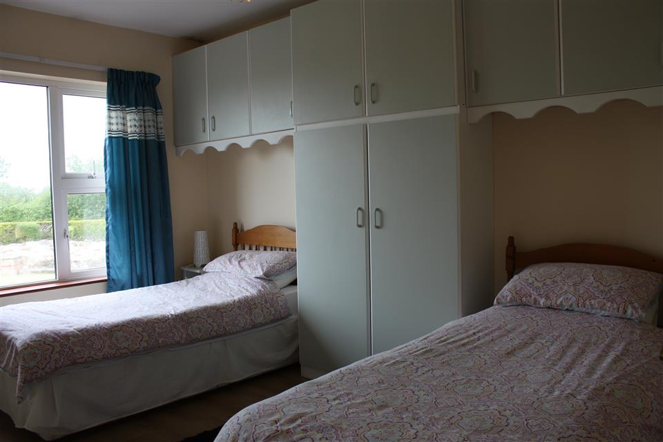 Cassidys Cottages 2 bedroom twin room