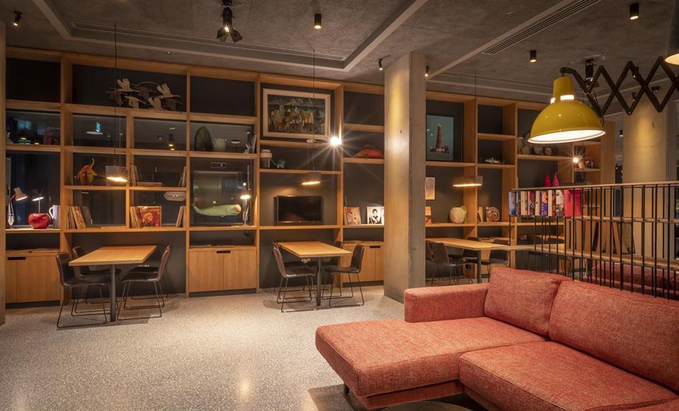 Marlin Hotel Interior