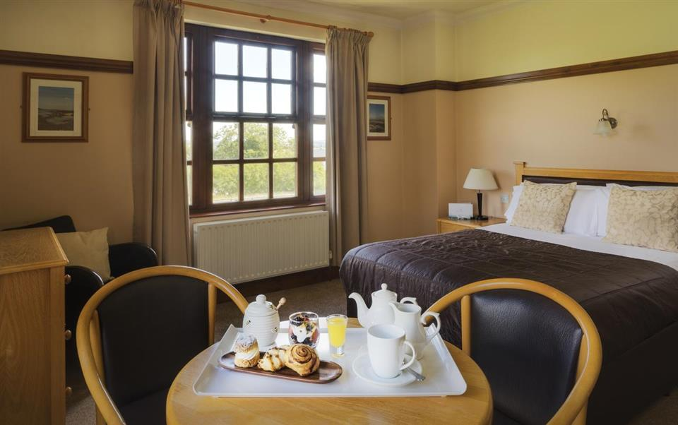 Silver Tassie Hotel & Spa Bedroom