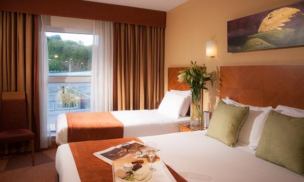 Treacys Hotel Waterford bedroom