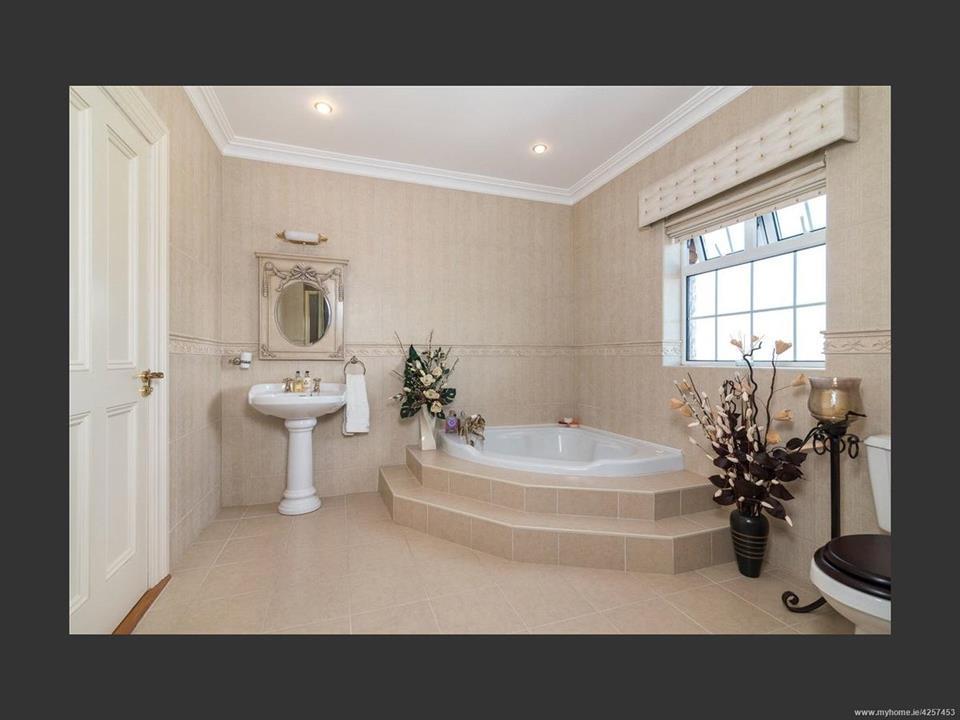 Woodfield House Bathroom
