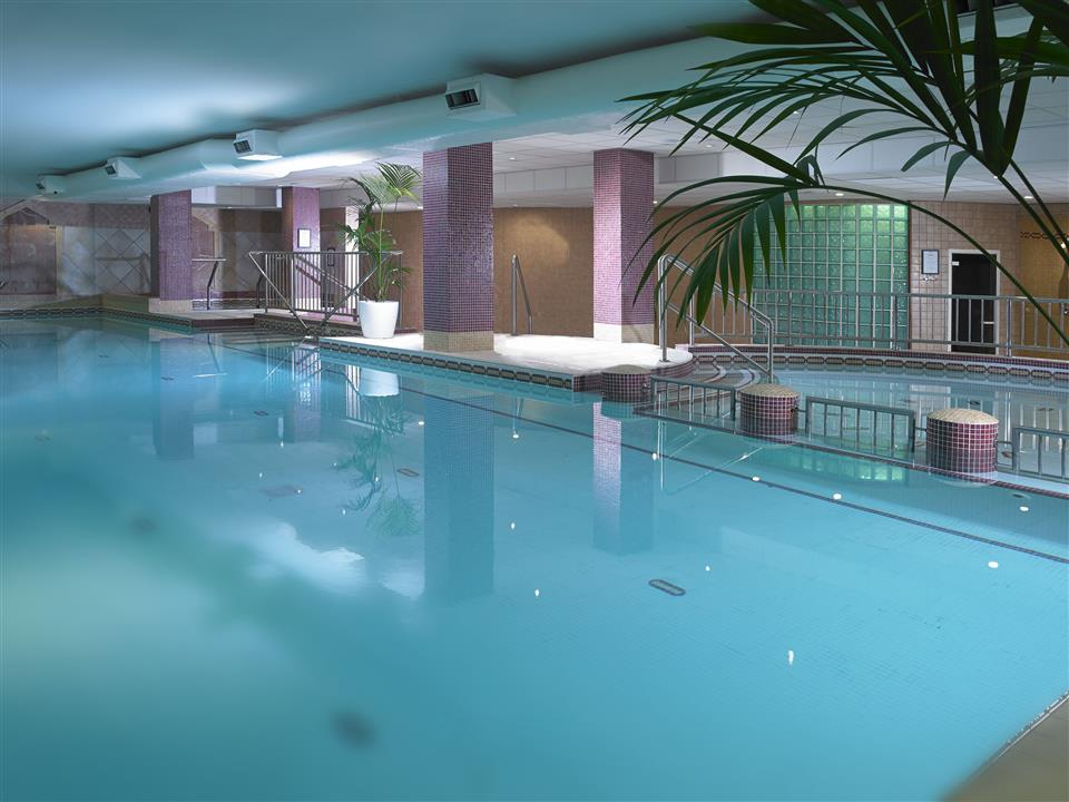Camden Court Hotel Swimming Pool