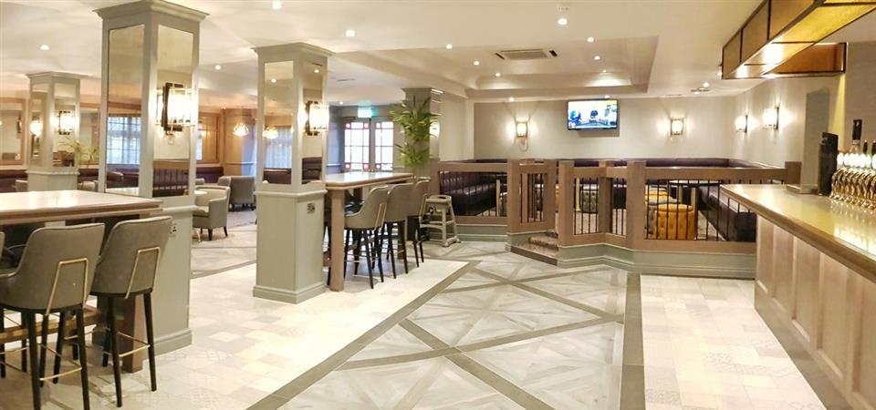 Maldron Hotel Newlands Cross Bar