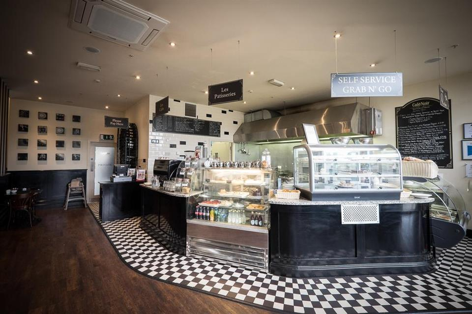 Travelodge Castletroy  Cafe