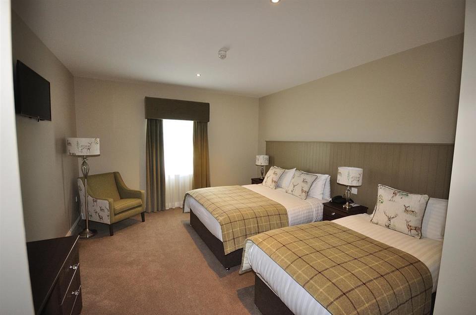 Mulroy Woods Hotel Bedroom
