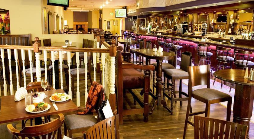 Great National Commons Inn Hotel Bar