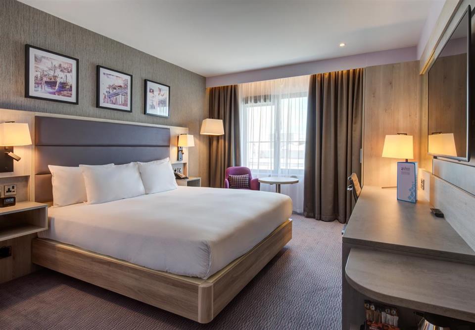 Hilton Garden Inn Bedroom