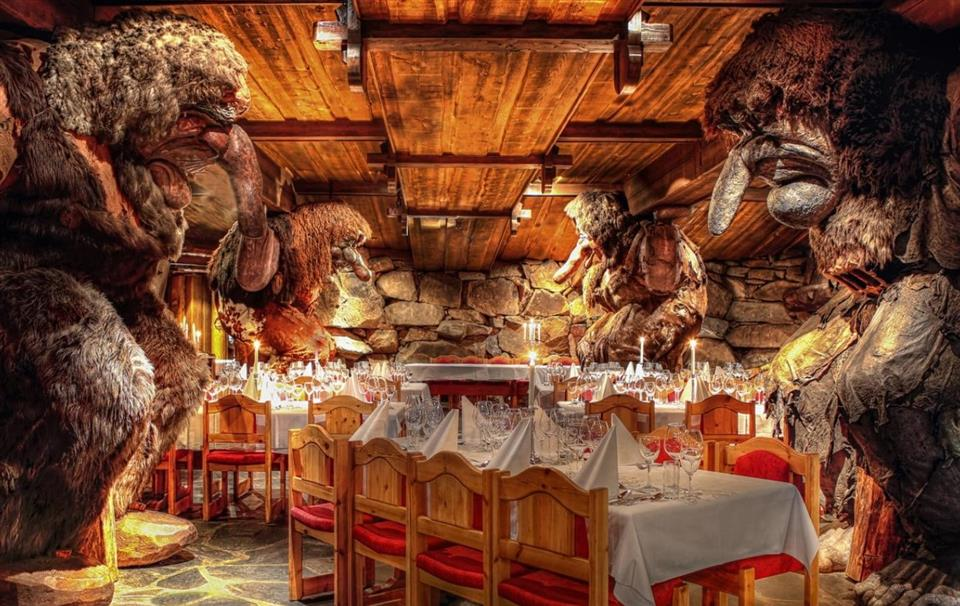 Hunderfossen Hotell & Resort Trollsalen restaurang