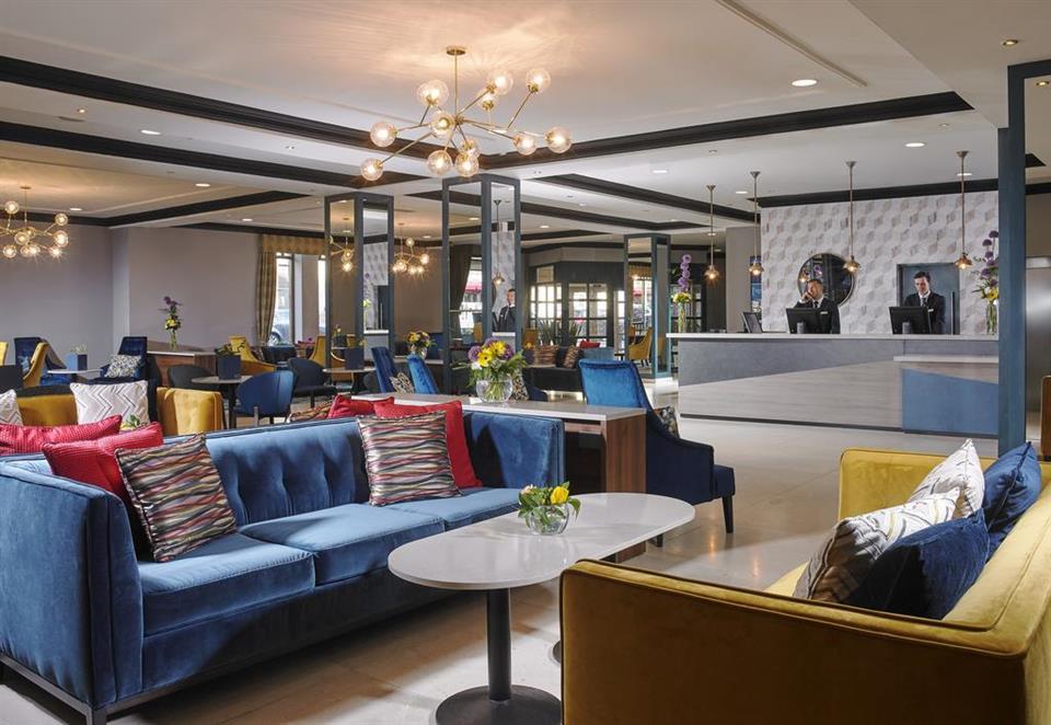 Camden Court Hotel Lobby