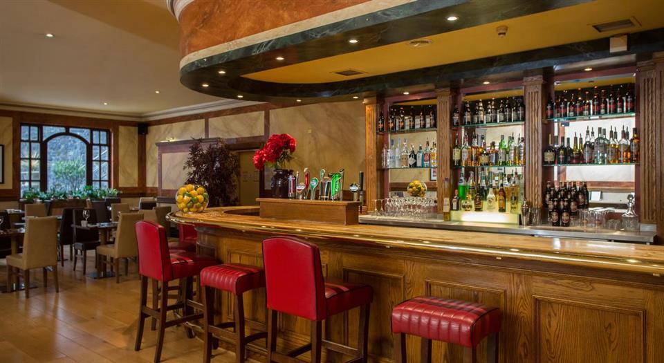Victoria Hotel bar