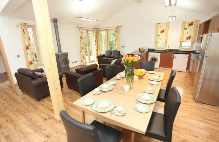 Ballyhoura Forest Luxury Homes kitchen