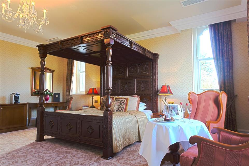 Kilronan Castle Bedroom