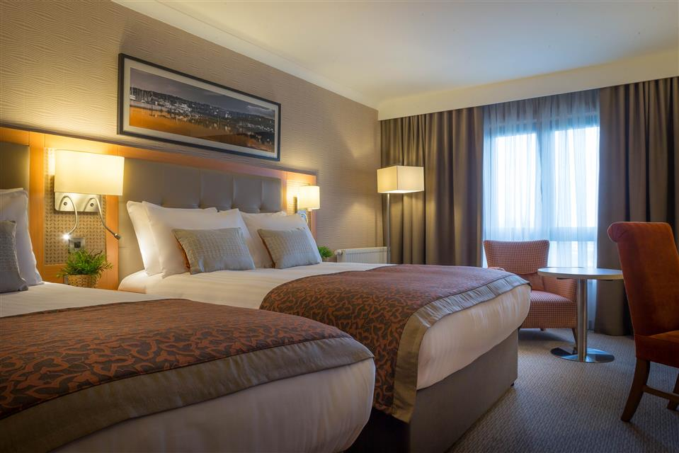 Clayton Hotel Dublin Airport Twin Room