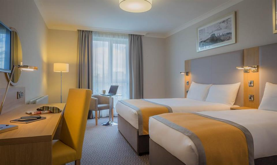Maldron Hotel Newlands Cross Twin Room