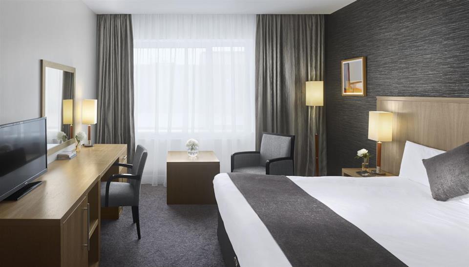 Radisson Blu Letterkenny bedroom