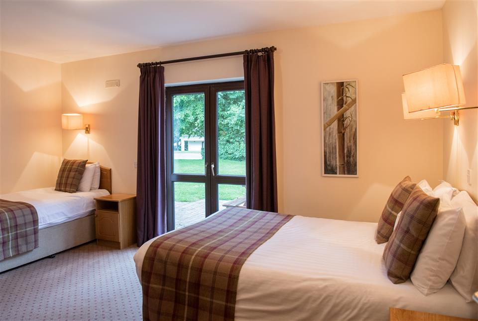 Castlerosse Holiday Homes Bedroom