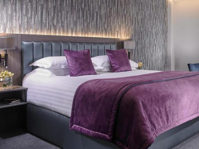 Kilkenny Ormonde Hotel Deluxe Room