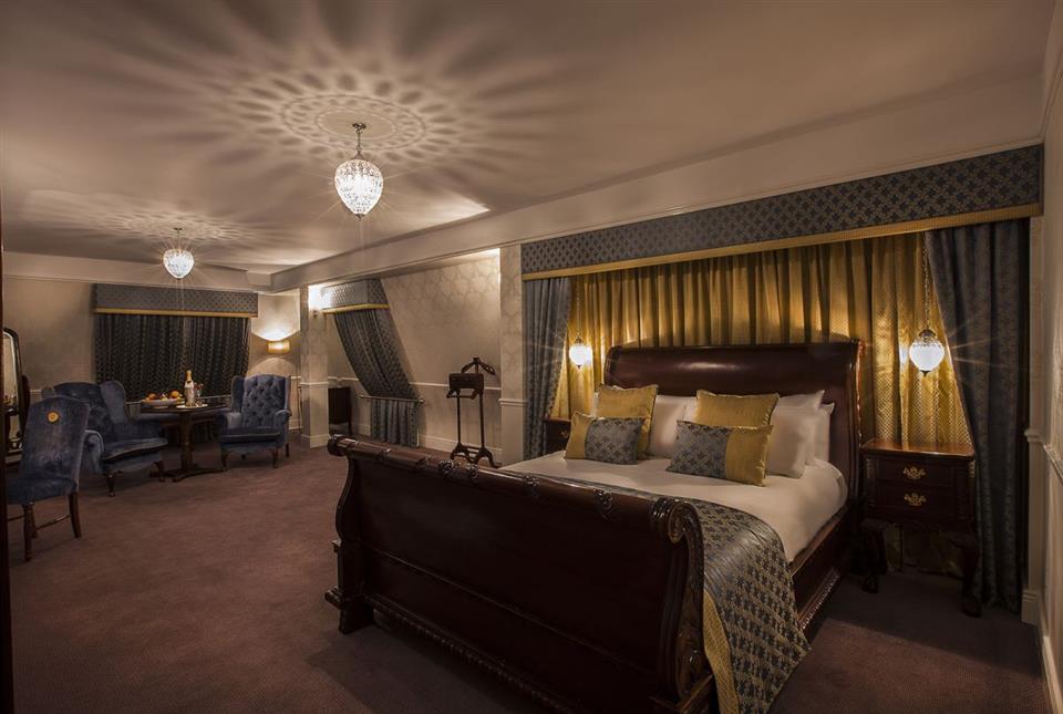Cellbridge Manor Hotel Heritage Suite