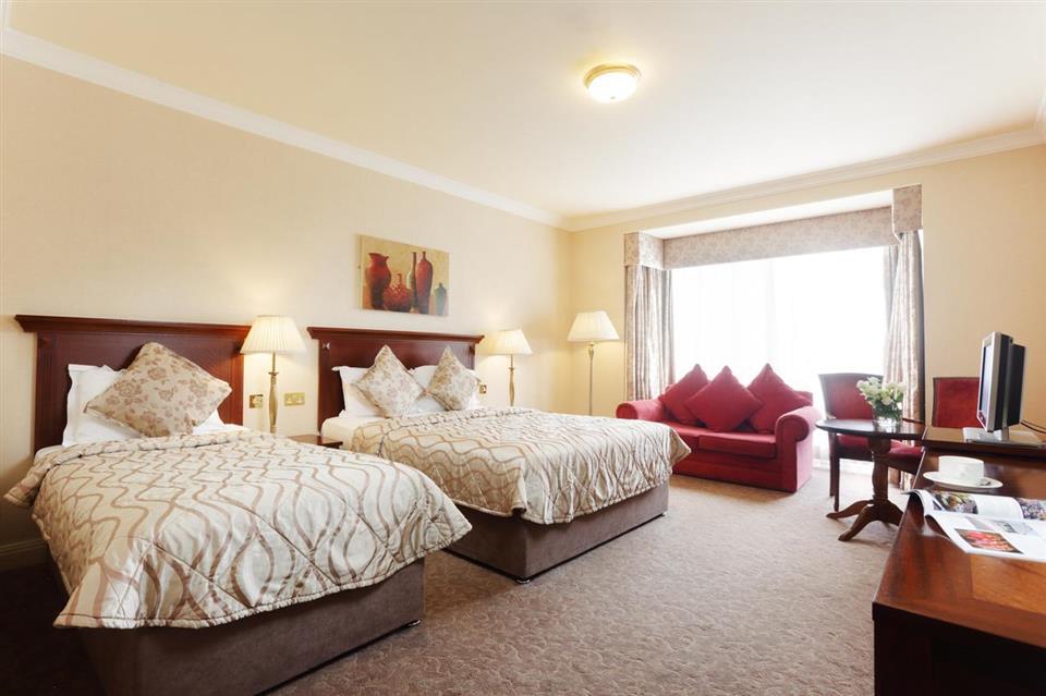 Ardilaun Hotel Bedroom
