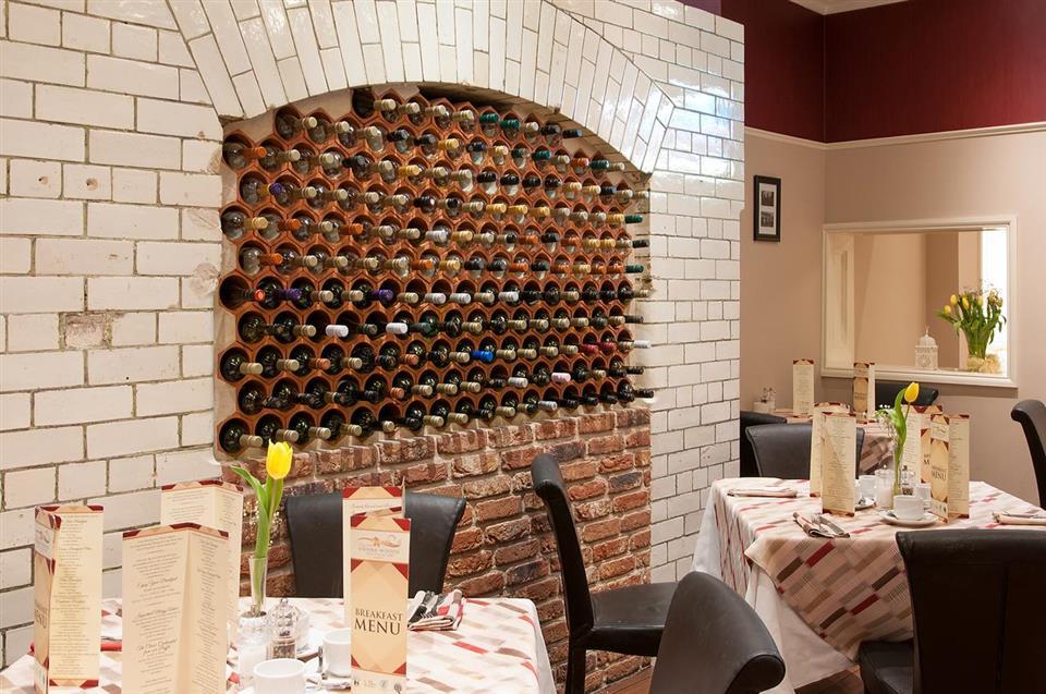 Vienna Woods Hotel Restaurant
