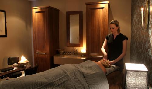 Riverside Hotel Killarney treatment room