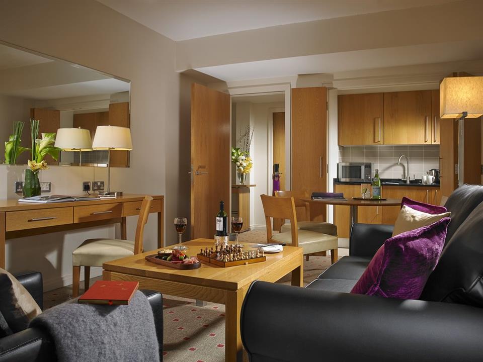 Clayton Hotel LIffey Valley Apartment