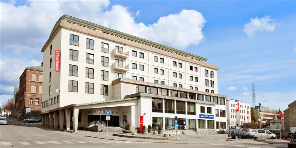 Thon Hotel Saga Fasad