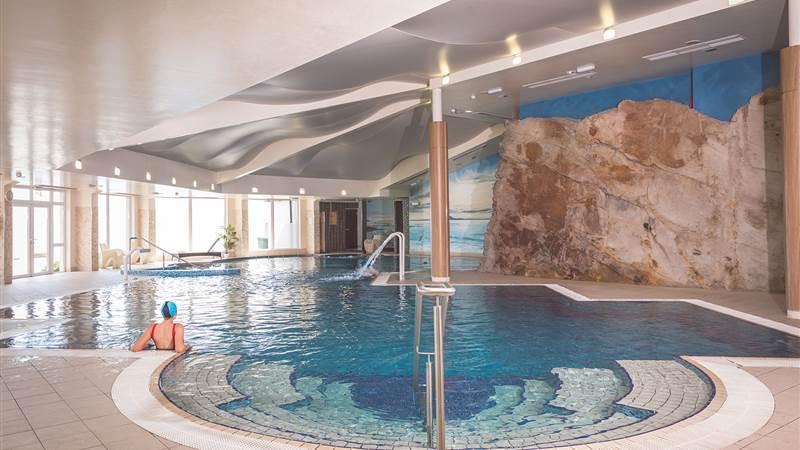 Redcastle Hotel Leisure
