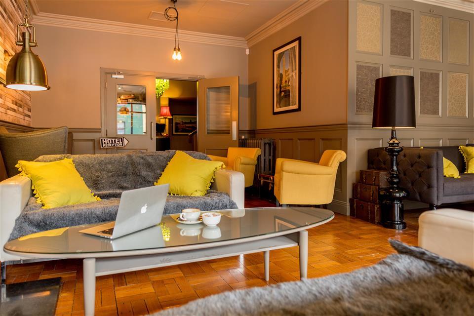 Kilkenny Inn Lounge