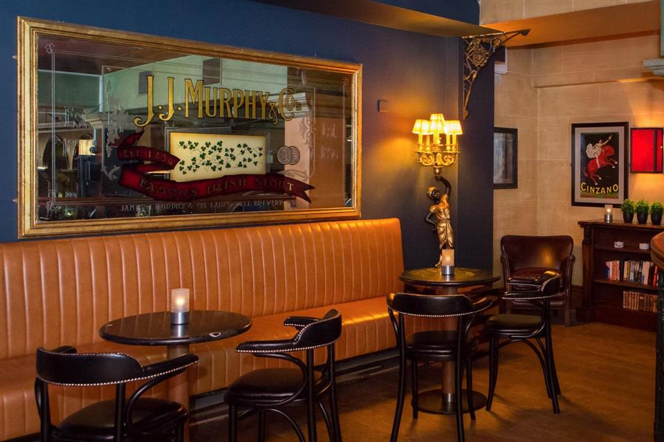 Eyre Square Hotel Bar