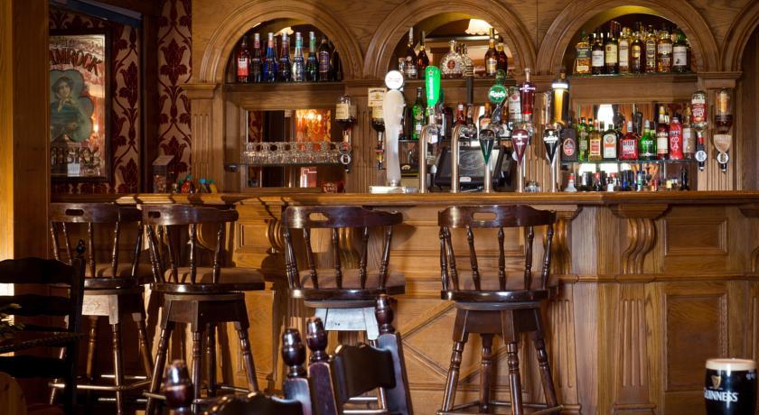 Meadow Court Hotel_bar
