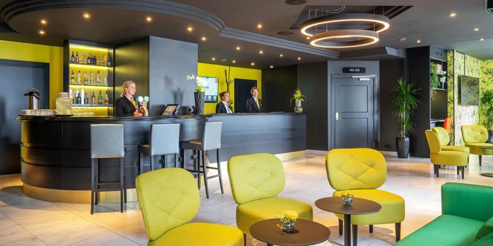 Thon Hotel Moldefjord Reception
