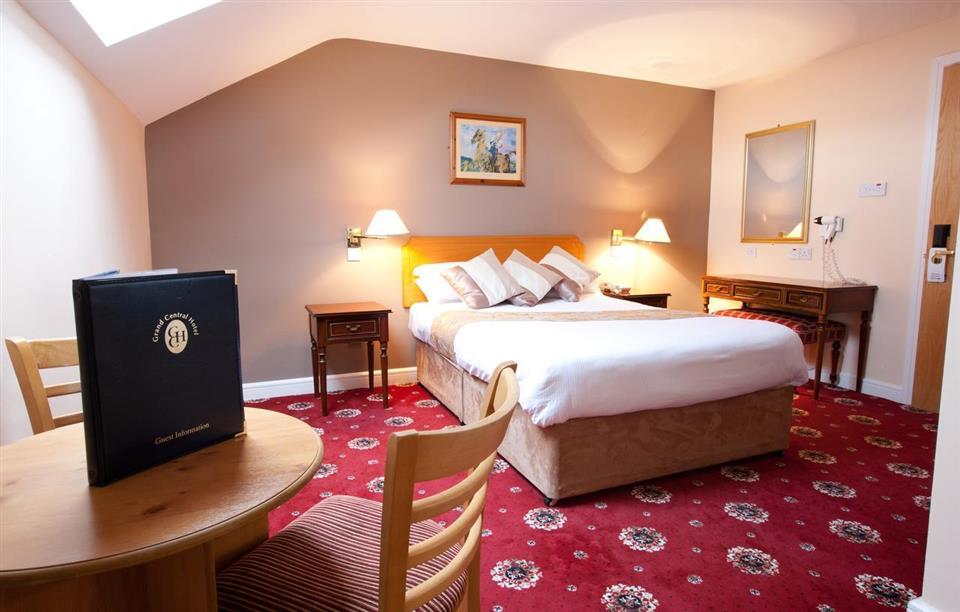 Grand Central Hotel Bedroom