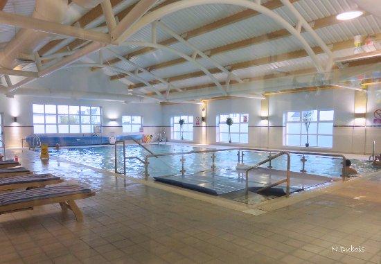 Auburn Lodge Hotel Swimming Pool