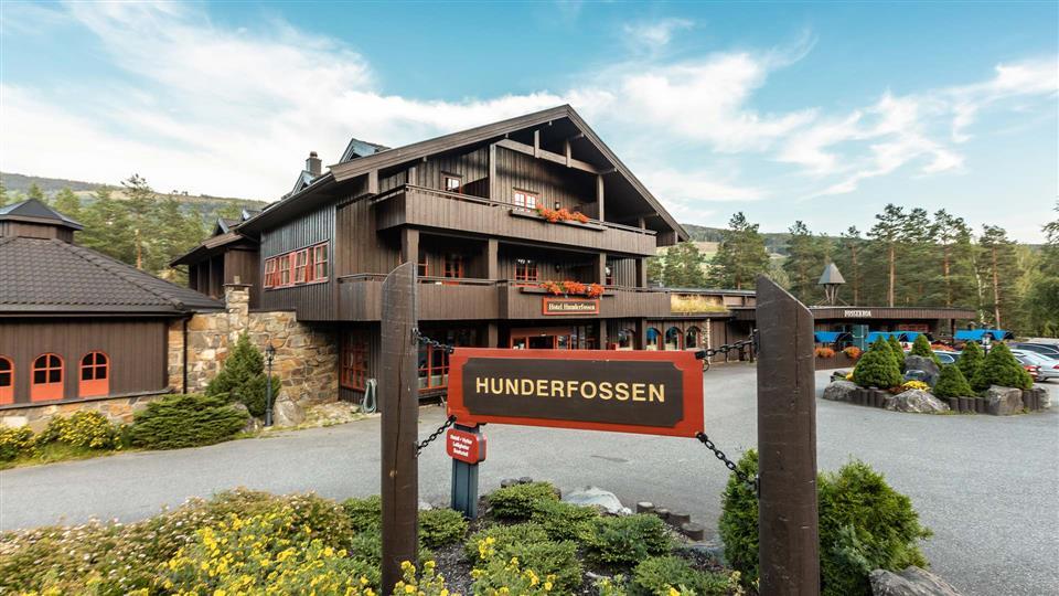 Hunderfossen Hotell & Resort Fasad