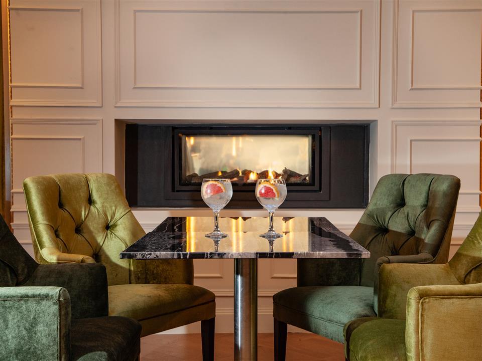 Connacht Hotel Bar