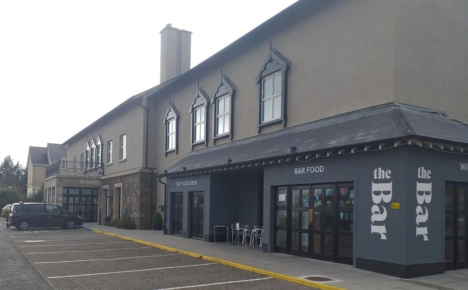 The Parkavon Hotel Exterior