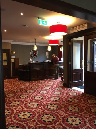 Dillons Hotel Reception