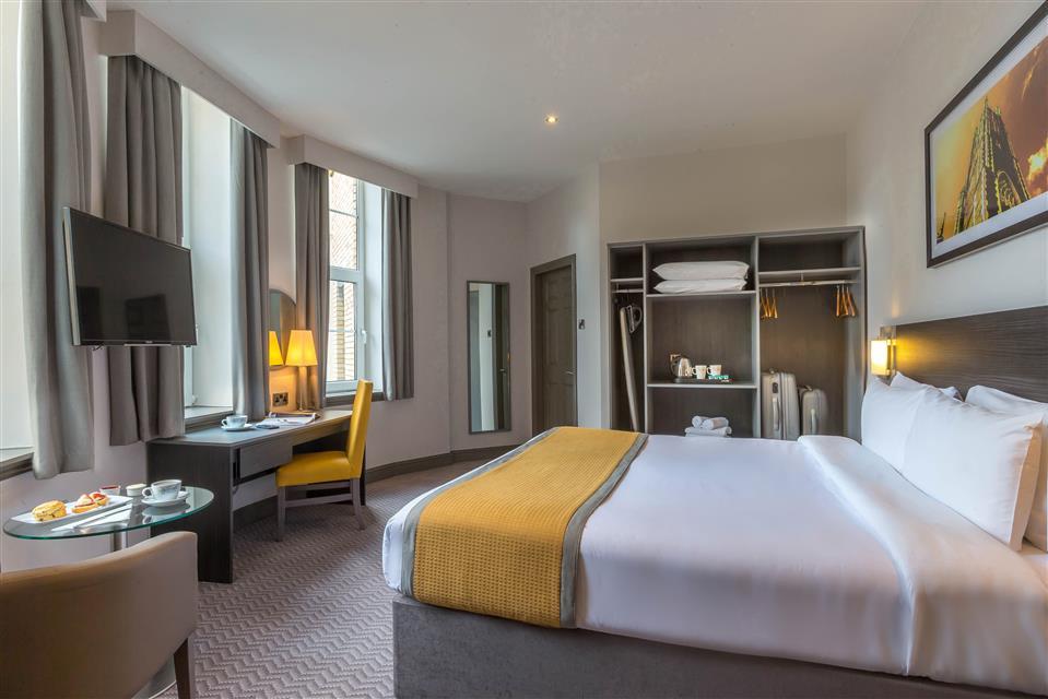 Maldron Hotel Shandon Double Room