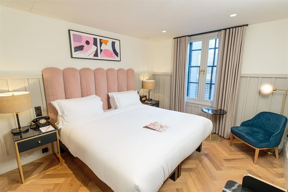 The Clarence Hotel Double Bedroom