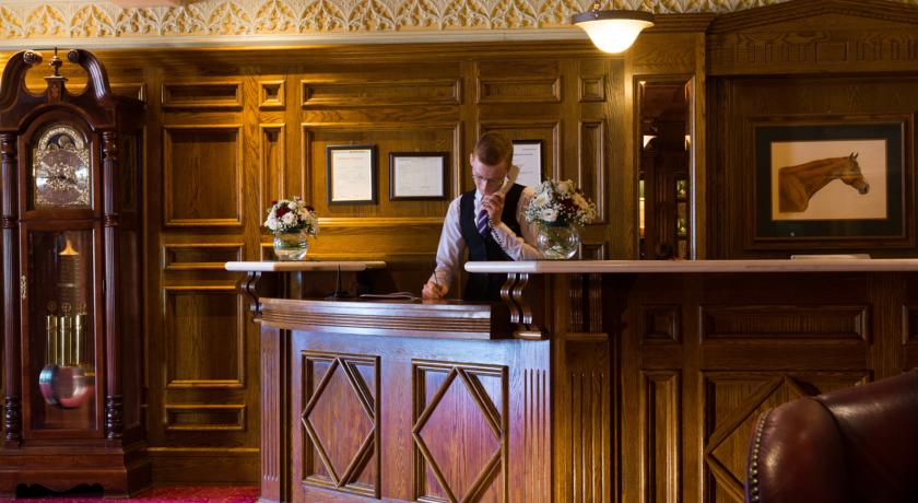 Meadow Court Hotel_Reception