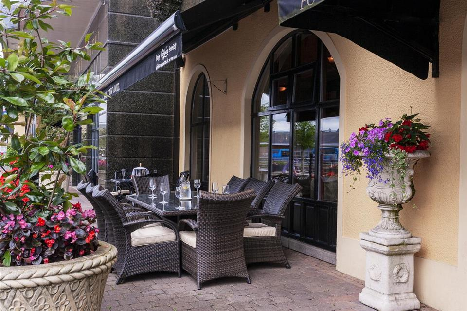 Canal Court Hotel Terrace