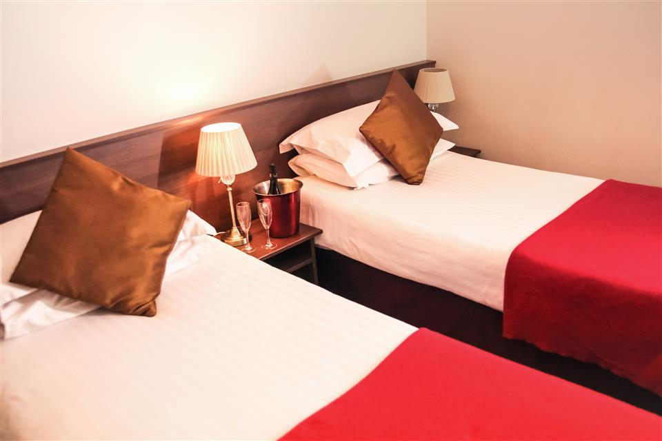 Arnolds Hotel Twin Room