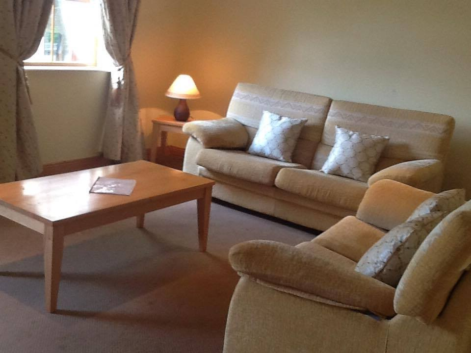 Ballylickey Bay Holiday Home lounge